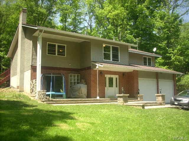 323 Roosa Gap Road, Bloomingburg, NY 12721 (MLS #4824035) :: Mark Boyland Real Estate Team