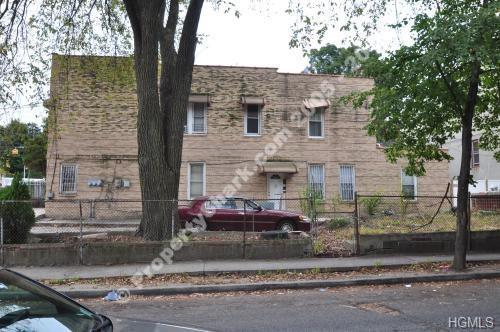 1721 Bussing Avenue, Bronx, NY 10466 (MLS #4826692) :: Mark Boyland Real Estate Team