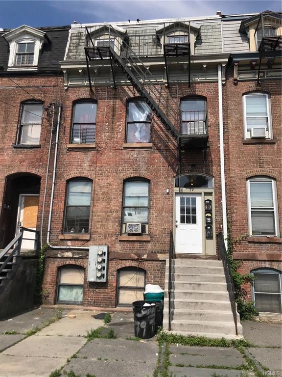 79 Chambers Street, Newburgh, NY 12550 (MLS #4828178) :: William Raveis Baer & McIntosh