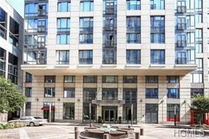 10 City Place 20D, White Plains, NY 10605 (MLS #4829086) :: William Raveis Baer & McIntosh