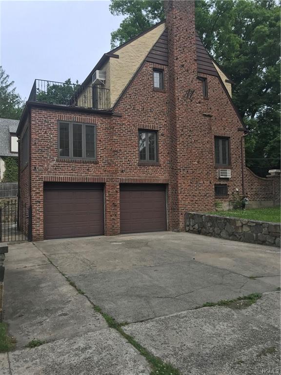 1 Hemlock Road, Yonkers, NY 10705 (MLS #4829192) :: William Raveis Baer & McIntosh