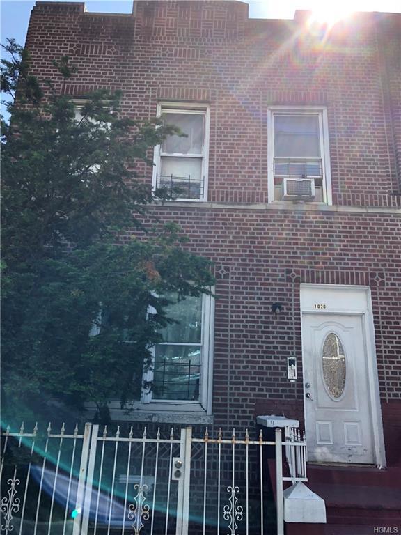 1020 Longfellow Avenue, Bronx, NY 10459 (MLS #4830288) :: Mark Boyland Real Estate Team