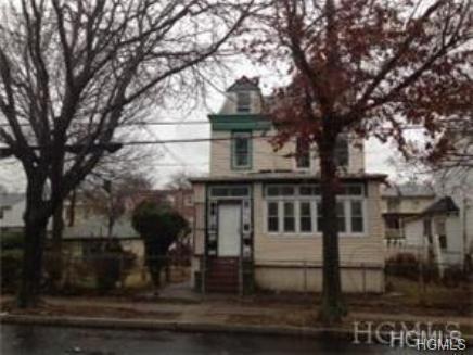323 S 7th Avenue, Mount Vernon, NY 10550 (MLS #4831217) :: Mark Boyland Real Estate Team