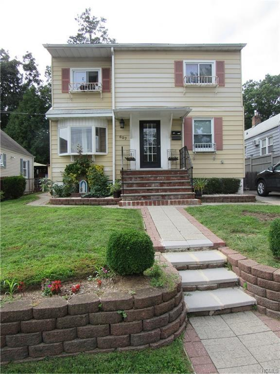 637 Valley Avenue, Yonkers, NY 10703 (MLS #4831711) :: Stevens Realty Group