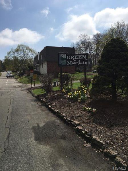 20 Crescent Drive #79, Thiells, NY 10984 (MLS #4832007) :: Mark Seiden Real Estate Team