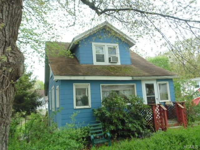16 Grove Street, Highland, NY 12528 (MLS #4834116) :: Mark Seiden Real Estate Team