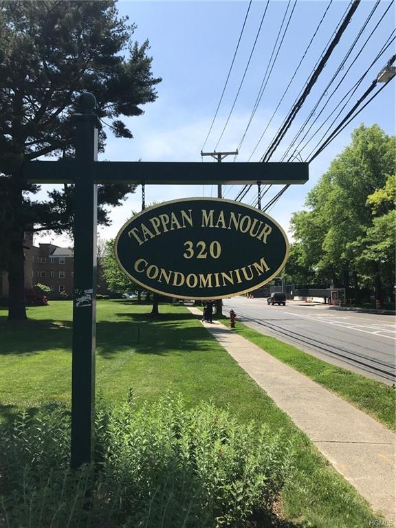 320 S Broadway P6, Tarrytown, NY 10591 (MLS #4834707) :: Mark Seiden Real Estate Team