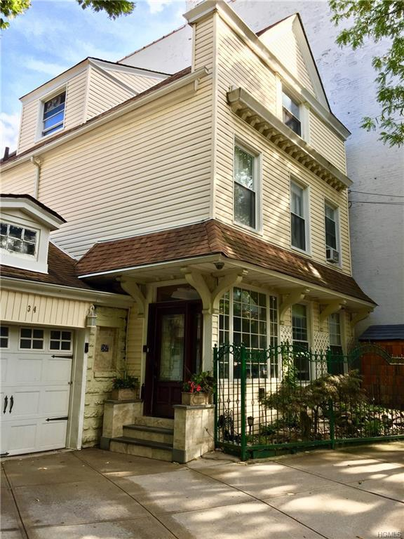 34 Ft. Charles Place, New York, NY 10463 (MLS #4836245) :: Mark Boyland Real Estate Team