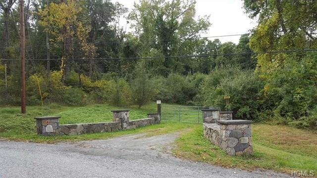 9 Ravine Road, Pawling, NY 12564 (MLS #4837729) :: Michael Edmond Team at Keller Williams NY Realty