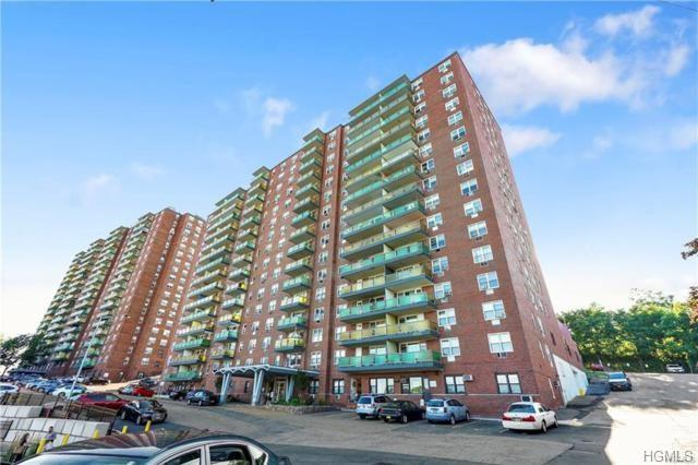1853 Central Park Avenue 4B, Yonkers, NY 10710 (MLS #4838265) :: Mark Boyland Real Estate Team