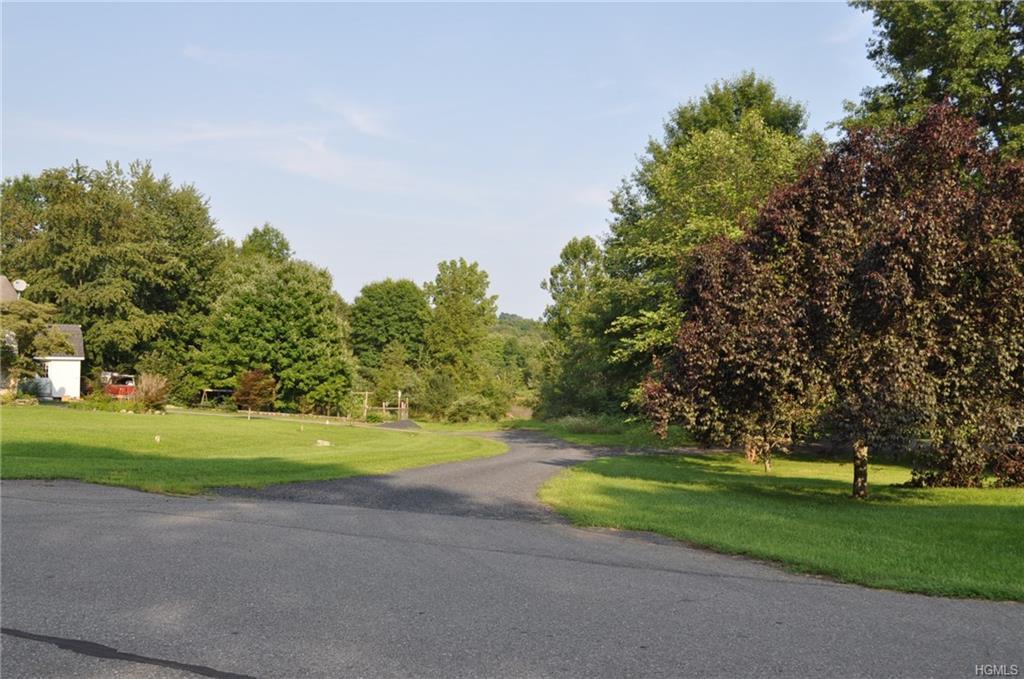 11 Hillside Lane - Photo 1