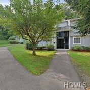 165 Carriage Court B, Yorktown Heights, NY 10598 (MLS #4838980) :: Mark Boyland Real Estate Team