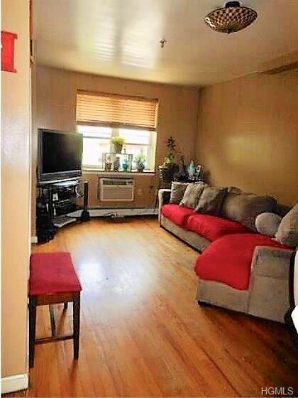 1209 Nelson Avenue 2B, Bronx, NY 10452 (MLS #4839482) :: Mark Seiden Real Estate Team