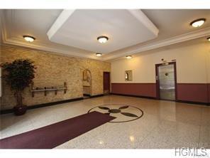 61 Bronx River Road 6A, Yonkers, NY 10704 (MLS #4843228) :: Mark Boyland Real Estate Team