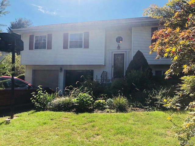 29 Kendell Drive, Wappingers Falls, NY 12590 (MLS #4843604) :: Mark Boyland Real Estate Team