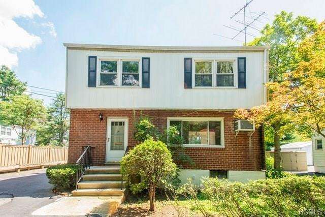 16 Bryn Mawr Parkway, Bronxville, NY 10708 (MLS #4843854) :: Shares of New York
