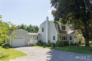 36 Deer Park Road, Katonah, NY 10536 (MLS #4843855) :: Mark Boyland Real Estate Team