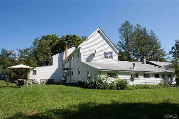79 Traver Road, Pleasant Valley, NY 12569 (MLS #4844582) :: Shares of New York