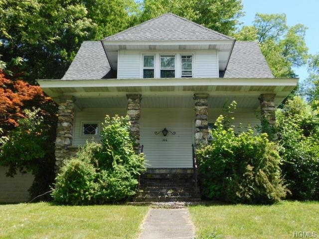 326 N Main Street, Monroe, NY 10950 (MLS #4845034) :: Mark Boyland Real Estate Team