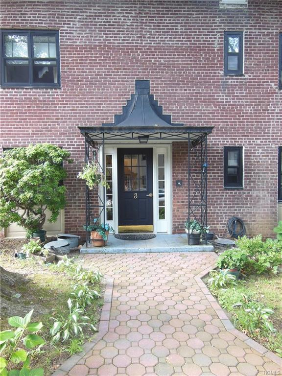 3 Woodlot Road A-2, Eastchester, NY 10709 (MLS #4845344) :: William Raveis Legends Realty Group