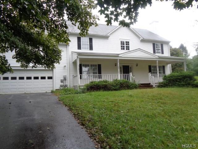 5 Red Tail Court, Pawling, NY 12564 (MLS #4846232) :: Mark Seiden Real Estate Team