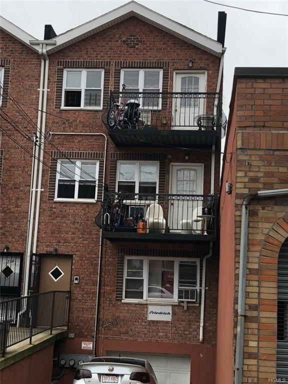 708 E 227th Street, Bronx, NY 10466 (MLS #4848128) :: William Raveis Legends Realty Group