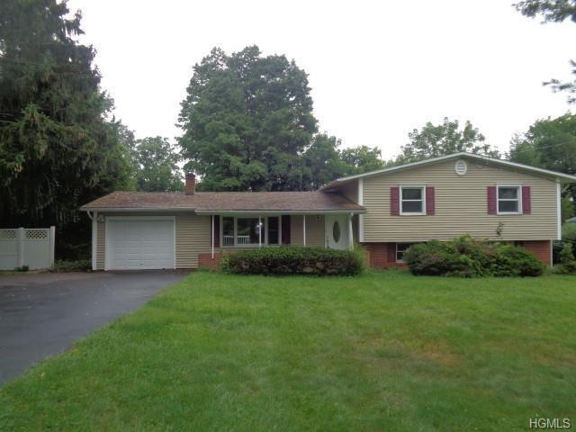 8 Collier Drive, Carmel, NY 10512 (MLS #4848271) :: Mark Boyland Real Estate Team