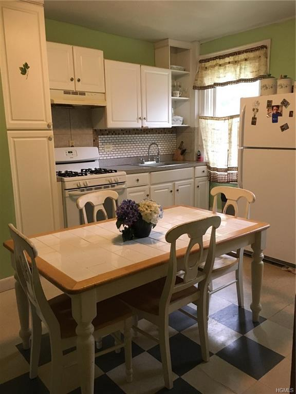 186 N Miller Street, Newburgh, NY 12550 (MLS #4849038) :: Mark Boyland Real Estate Team
