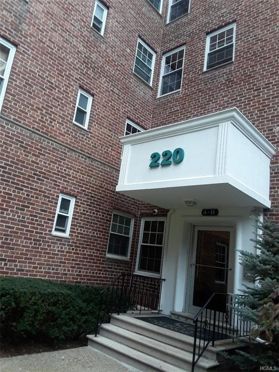 220 Pelham Road 3B, New Rochelle, NY 10805 (MLS #4849436) :: Mark Boyland Real Estate Team