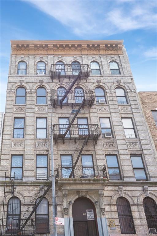 108 Seigel Street #7, Brooklyn, NY 11206 (MLS #4849523) :: William Raveis Legends Realty Group