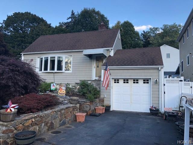 36 Leroy Avenue, Valhalla, NY 10595 (MLS #4849778) :: Mark Boyland Real Estate Team