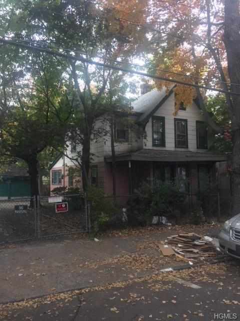 136 N 9th Avenue, Mount Vernon, NY 10550 (MLS #4850421) :: Mark Boyland Real Estate Team