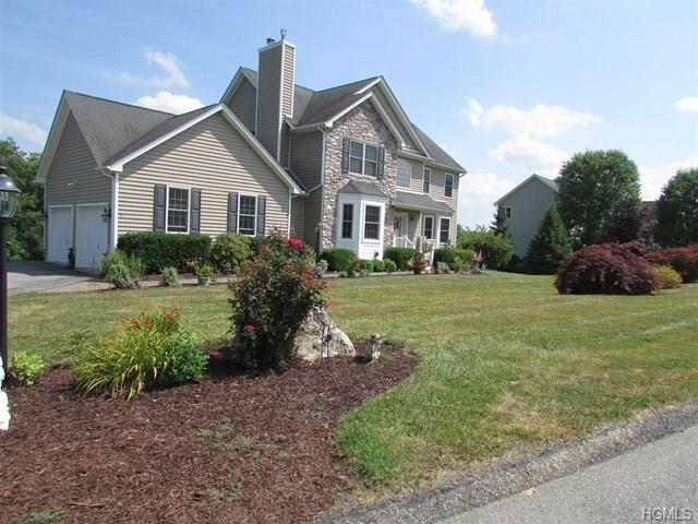 23 Ryans Run, Pleasant Valley, NY 12569 (MLS #4851678) :: Mark Boyland Real Estate Team