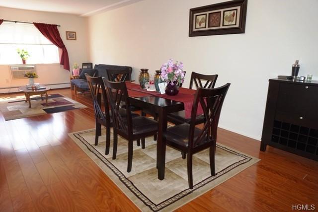 150 Glenwood Avenue D4, Yonkers, NY 10703 (MLS #4851958) :: Mark Boyland Real Estate Team