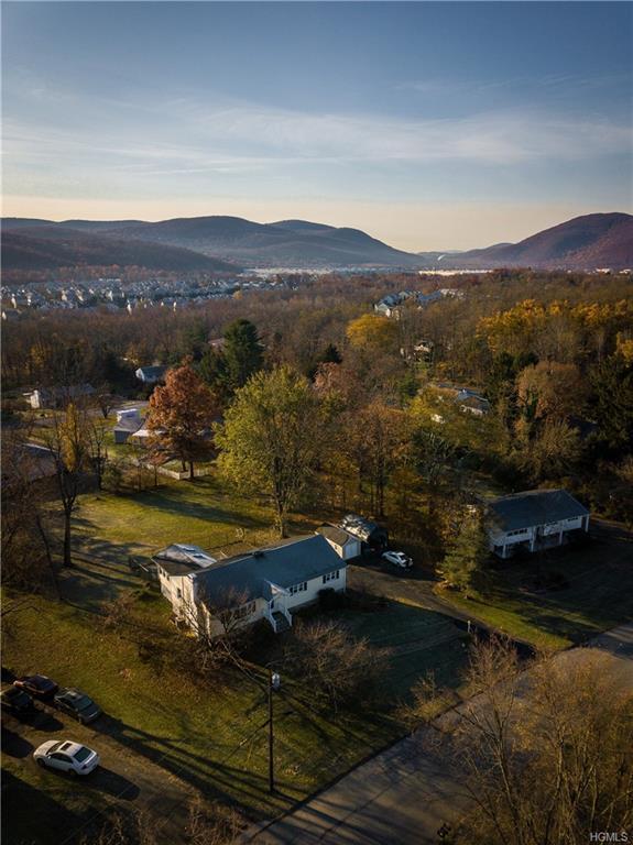 16 W Redoubt Road, Fishkill, NY 12524 (MLS #4851986) :: Mark Seiden Real Estate Team