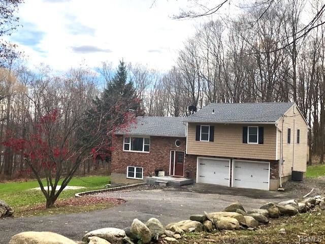 20 Hanover Circle, Mahopac, NY 10541 (MLS #4852202) :: Mark Seiden Real Estate Team