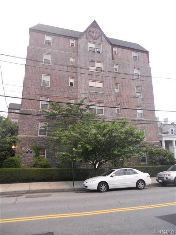 151 Centre Avenue 3A, New Rochelle, NY 10805 (MLS #4852321) :: William Raveis Legends Realty Group
