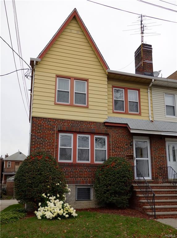 3157 Valhalla Drive, Bronx, NY 10465 (MLS #4852963) :: Mark Boyland Real Estate Team