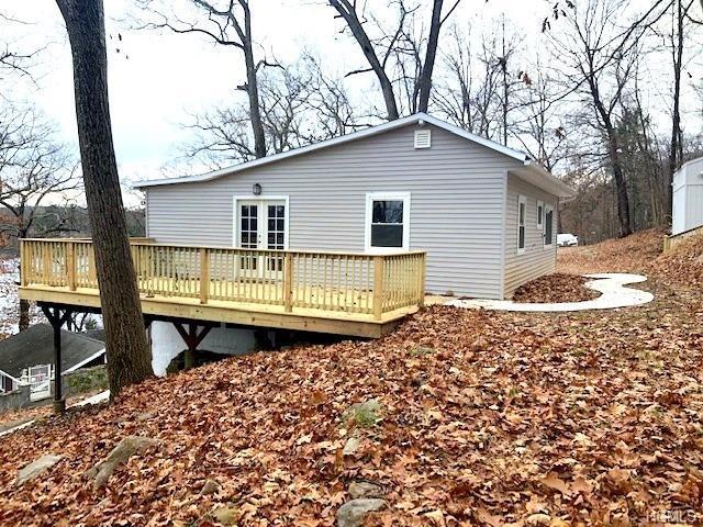 274 Lake Drive, Lake Peekskill, NY 10537 (MLS #4854714) :: Mark Seiden Real Estate Team