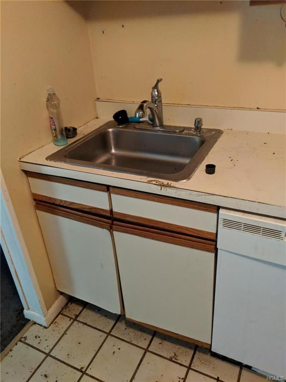310 Concord Lane, Middletown, NY 10940 (MLS #4854912) :: Mark Seiden Real Estate Team