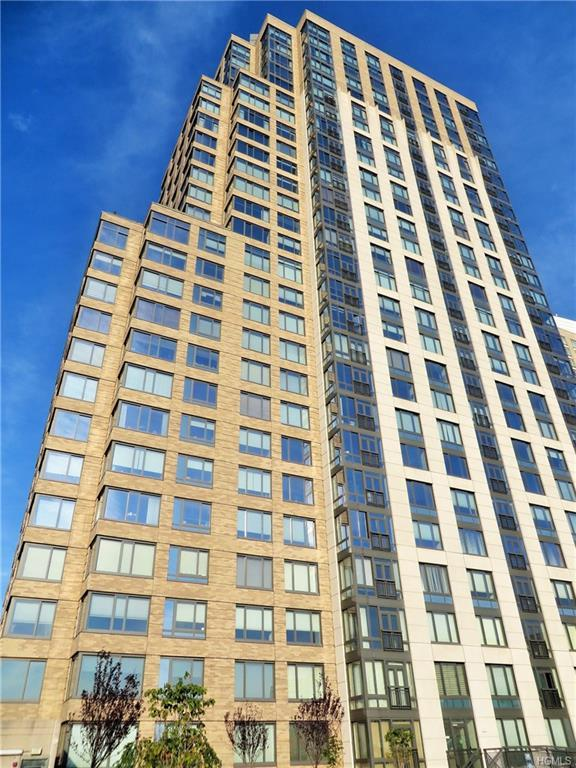 10 City Place 6C, White Plains, NY 10601 (MLS #4856463) :: Mark Boyland Real Estate Team
