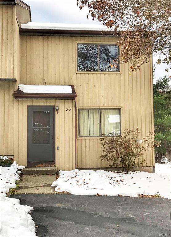 88 Sterling Place, Highland, NY 12528 (MLS #4856588) :: Mark Seiden Real Estate Team