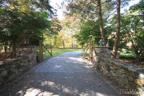 71 Davids Hill Road, Bedford Hills, NY 10507 (MLS #4901591) :: Mark Boyland Real Estate Team