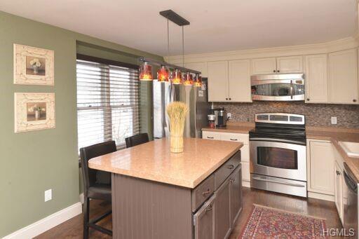 508 Williamsburg Drive, Mahopac, NY 10541 (MLS #4901788) :: Mark Boyland Real Estate Team