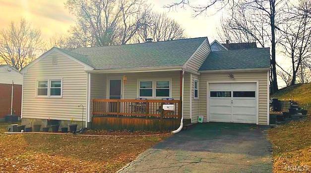 94 Maple Street, Beacon, NY 12508 (MLS #4902086) :: Mark Boyland Real Estate Team
