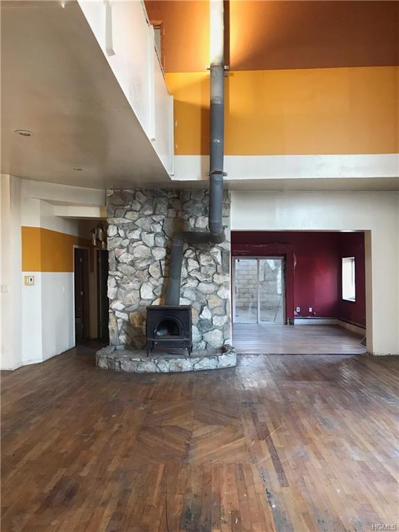 260 Hutchinson Boulevard, Mount Vernon, NY 10552 (MLS #4902234) :: Mark Boyland Real Estate Team