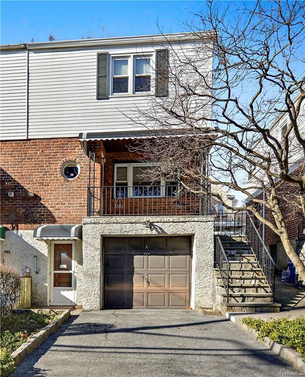 605 Bronx River Road, Yonkers, NY 10704 (MLS #4902618) :: Mark Boyland Real Estate Team