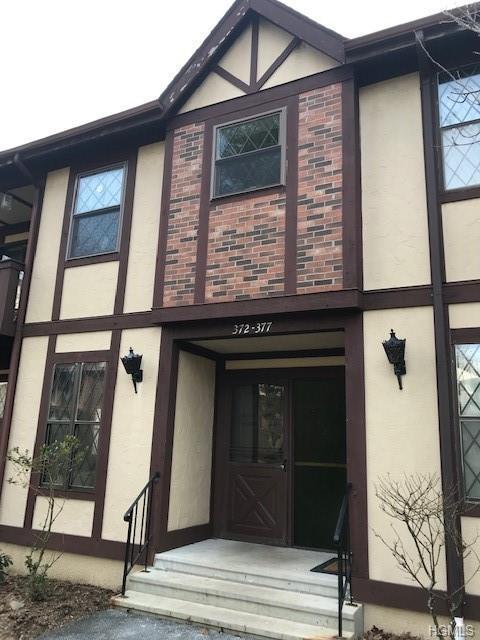 372 Sierra Vista Lane, Valley Cottage, NY 10989 (MLS #4902715) :: Mark Boyland Real Estate Team