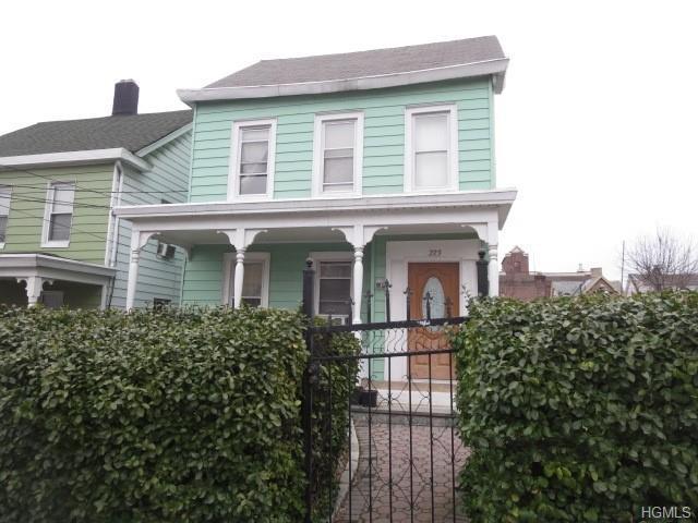 223 N 6th Avenue, Mount Vernon, NY 10550 (MLS #4903025) :: Mark Boyland Real Estate Team