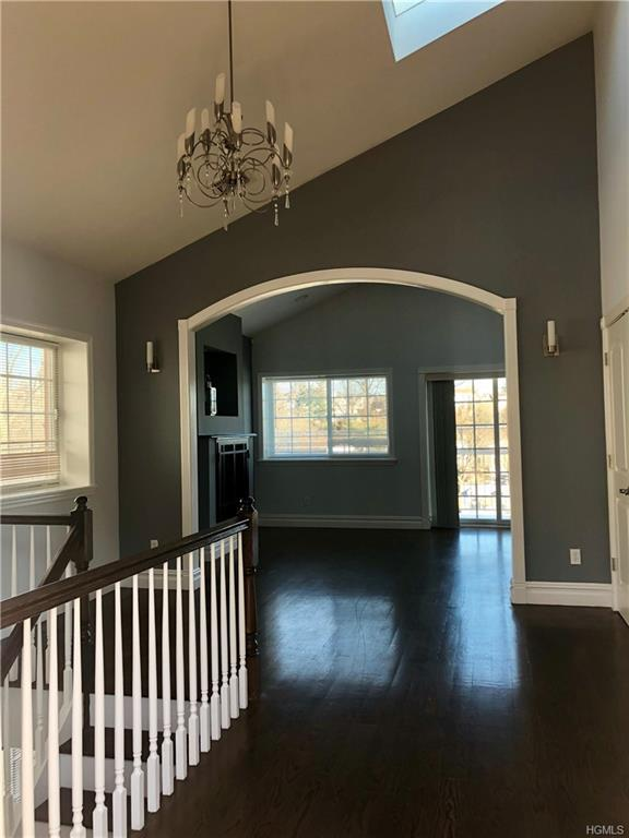 22 Hillbright Terrace, Yonkers, NY 10703 (MLS #4903340) :: Mark Boyland Real Estate Team